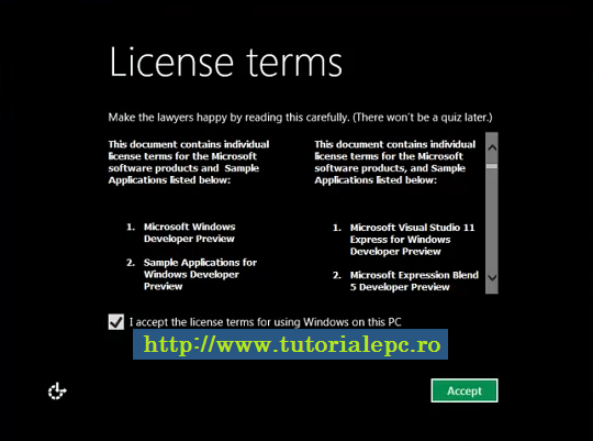 Acceptarea termenilor de licenta in Windows 8