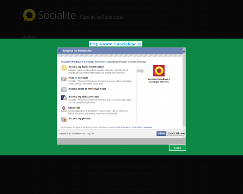 Windows 8 socialite